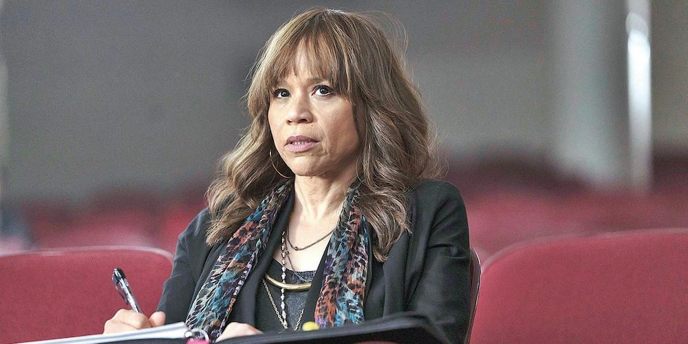 Rosie Perez entra nel cast di The Flight Attendant HBO Max