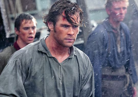 in-the-heart-of-the-sea-chris-hemsworth 8bd88d2f849