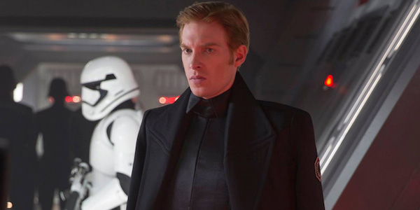 Domnhall Gleeson Generale Hux Star Wars Peter Coniglio