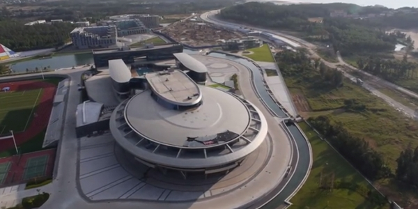 Star Trek: un imprenditore cinese ha fatto costruire una replica dell'Enterprise