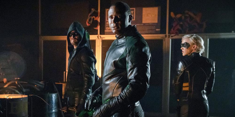 Arrow foto esclusiva ET Online stagione finale